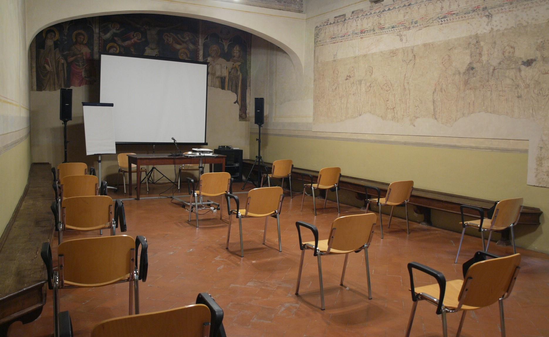 Sala Capitolo_dist covid (4).jpg